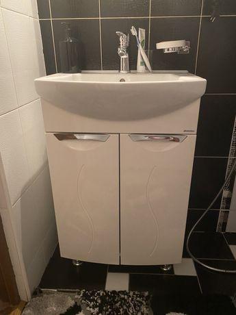 Продаеться мебель для ванной комнаты