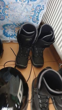 Papuci buti placa ski folositi 150 lei perechea