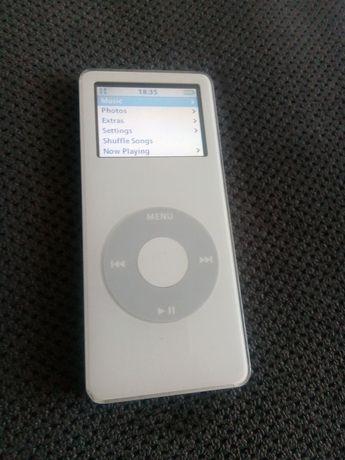 Vând iPod Apple Nano generația 1 de 4Gb ALB impecabil //poze