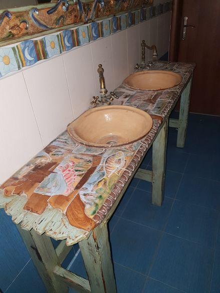 Уникална мивка ръчна изработка и огледало