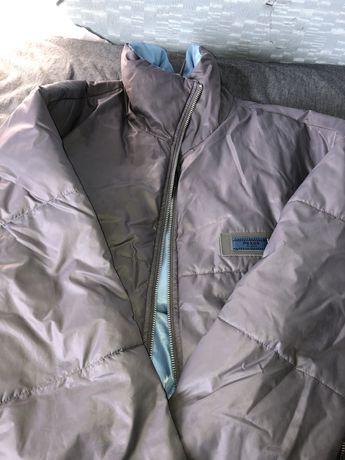 короткая дутая весенняя куртка