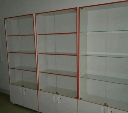 Витрины стеклянные шкафы полки