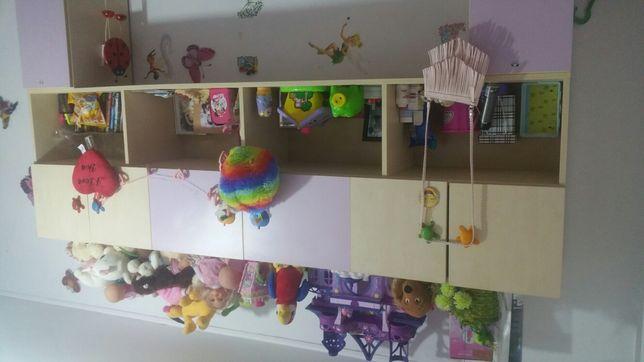 Vând urgent mobilă cameră fetiță