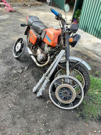 Мотоцикл Иж планета 5