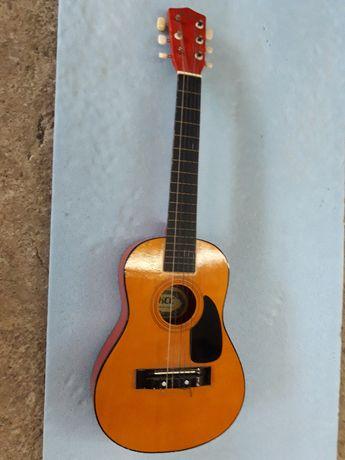 децка китара