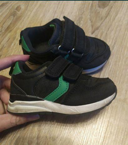 Кроссовки для мальчика 20, 21 размер