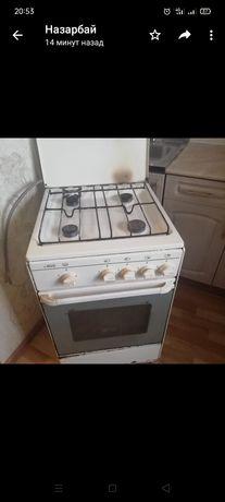 Продам газ плита работать