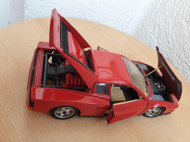 Macheta auto metalica Ferrari. Scara 1/18.