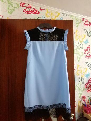 Нарядное платье 44-46 размер