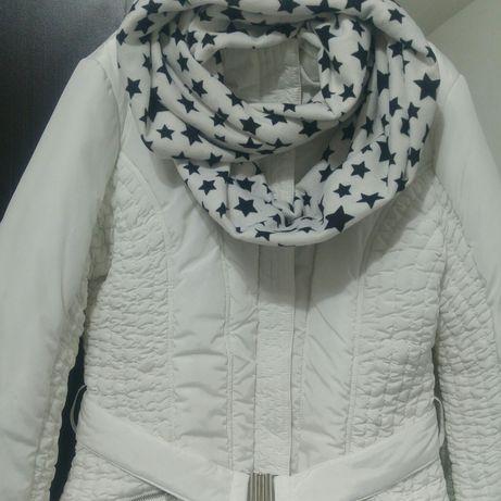 Бяло дълго яке + Подарък шал