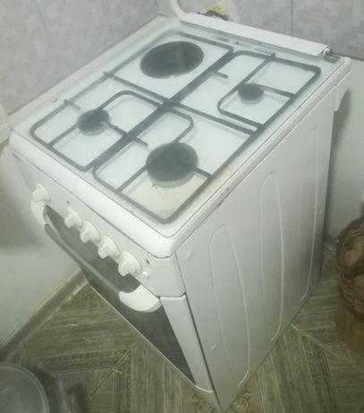 продам газ.плита BEKO 25000тг.