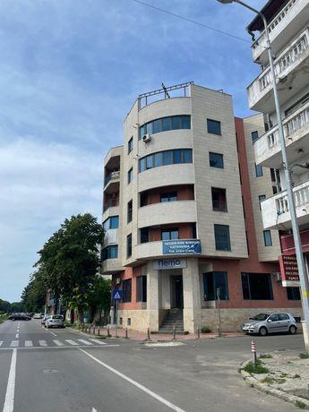 Inchiriez spatiu comercial pentru birouri bd mamaia214