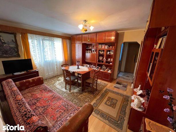 Apartament 2 camere Cart. Micro 16