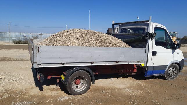 Ieftin ! Transport la comanda nisip ,pietriș,moloz pământ