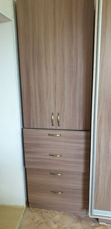 Продам шкаф коричневый