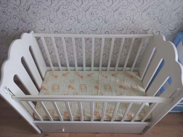 Продам кроватку в идеальном состоянии