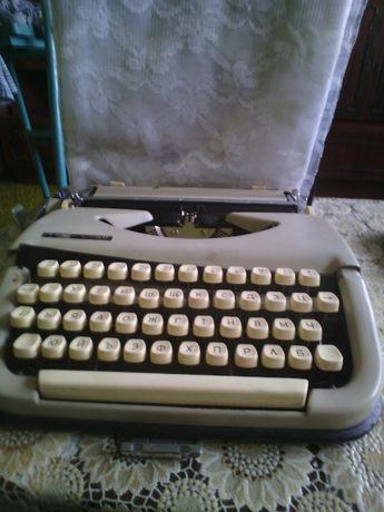 Пишеща машина за 40 лева