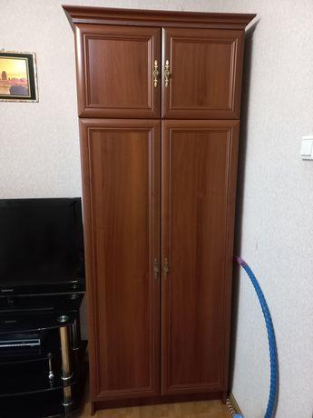 Продам шкафы 45000 тенге.