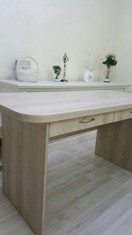Стол качественный/деревянный покупайте