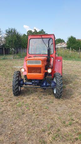 Tractor U445 DT 4x4