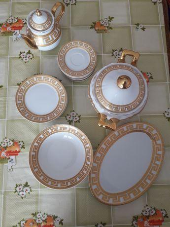 Продается набор посуды Версаче