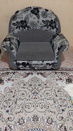 Продам кресло кровать в хорошем состоянии