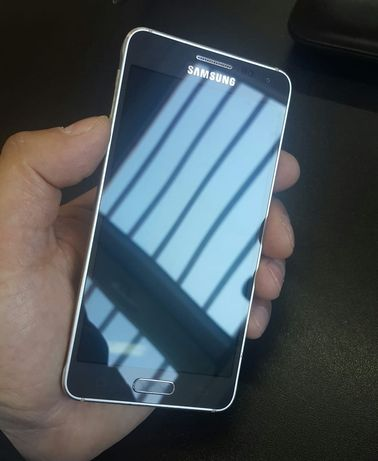 Продам смартфон Самсунг Alpha