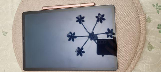 Продам планшет Samsung tab s6