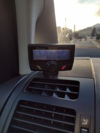 Car kit Parrot CK3100 cu bluetooth si display LCD