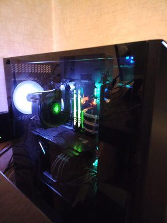 Игровой компьютер с монитором и орг техникой
