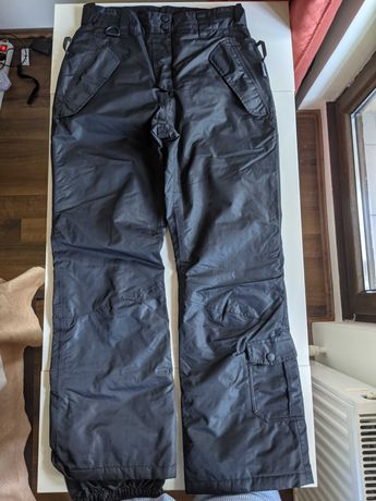 pantaloni dama ski marimea M (38-40)