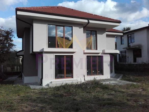 Къща в Варна, област-с.Звездица площ 330 цена 150000