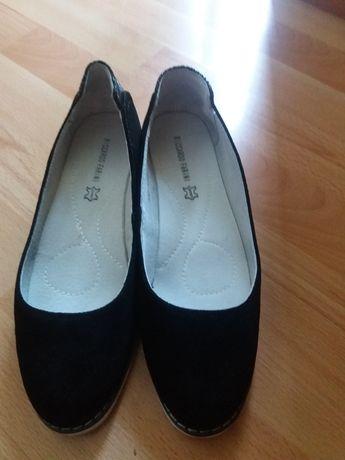 Обувки от естествена кожа,черен велур.