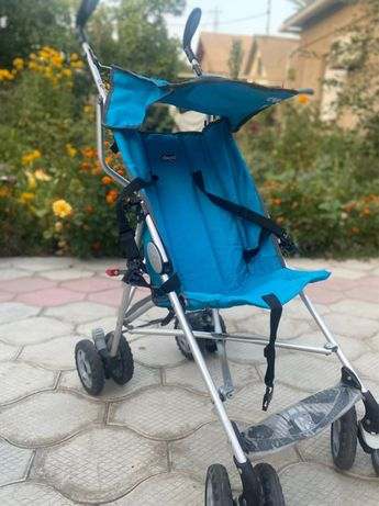Продам прогулочную коляску Chicco 6+