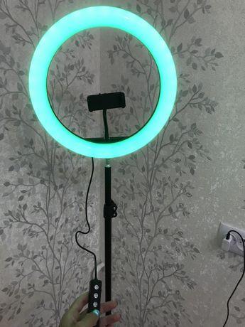 Срочно продаю селфи лампу!