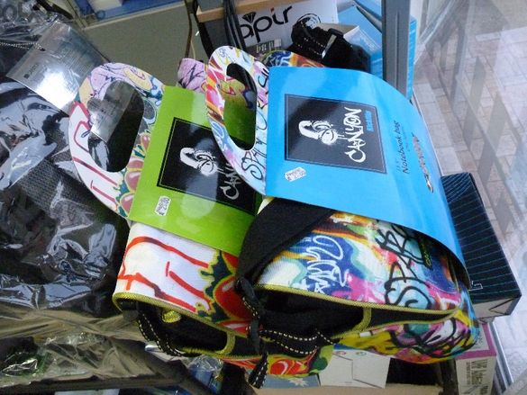 "Чанта за Лаптоп 13.3"" Canyon Cnl-nb01c Graffiti - Notebook Bag (case)"