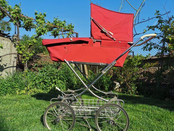Ретро бебешка количка от 85г.