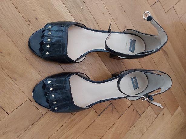 Vand sandale din piele pt femei