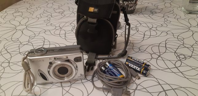 Aparat foto Sony DSC-w7 7.2megapixeli