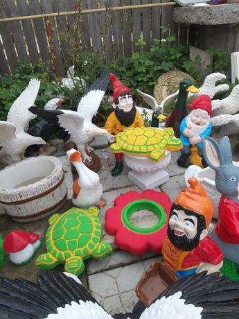 Decorațiuni de grădină