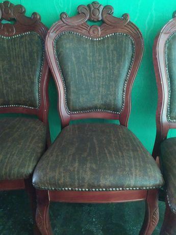 Продам стулья деревянные