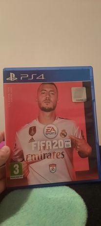 Vând fifa 20 PS4