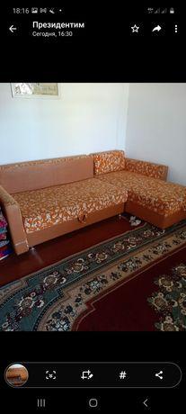 Угловой диван сатылады