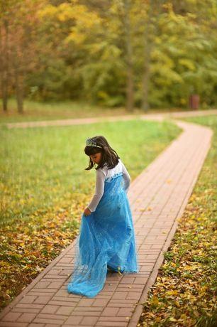 Rochie rochita NOUA printesa Elsa Frozen cu trena 3, 4,5,6 si7 ani