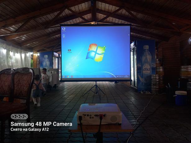 Аренда проекторов с экраном, качественные.Колонки разные с микрофоном.