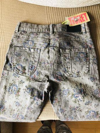 НОВИ Панталони, 12г, марка TICKET