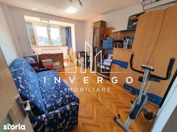 Apartament, 3 camere,  de vânzare, în Rogerius