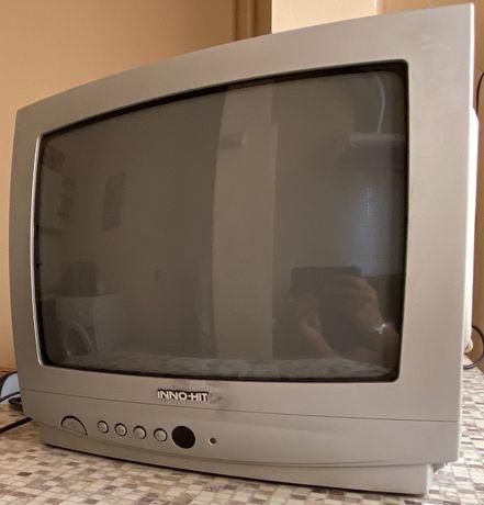 Телевизот Inno-hit