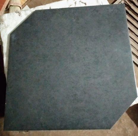 Керамическая плитка фигурная