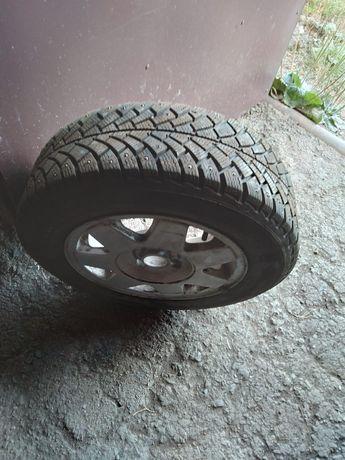 Комплект колес резина зимняя новая + титаны
